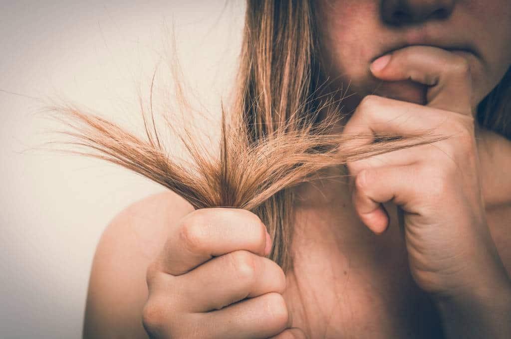 Comment réparer ses cheveux secs après l'hiver